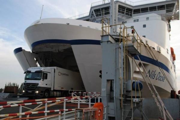 transport-véhicule-bateau